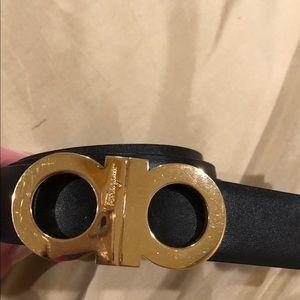 Salvatore Ferragamo reversible black/beige belt